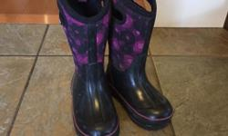 Cute girls bogs. Barely used thus very firm on the price. First come first serve. Also have tons of used girls clothes.