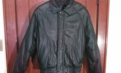 """Moores mens sz small chest up to 36"""" Arm pit to cuff 20"""" Arm pit to pit across 40"""" BANK/GLEN AVE. area"""