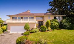 # Bath 3 Sq Ft 3900 MLS 368045 # Bed 5 OPEN HOUSE SAT & SUN 1-4PM Broadmead Mountain & City View! A beautifully updated & well maintained 5 bdrm 3 bthrm home has many big windows & draws lots of light. Gorgeous Brazilian hardwood floors & wooden staircase