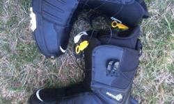 EUC Boots burton size 8 men's used twice $100