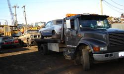We remove and tow any unwanted vehicle for free and pay Cash according to weight, location & work involved on southern Vancouver Island Call 250 885 1427 for a no obligation payment quote.