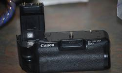 i have a canon battery grip basically brand new absolutely nothing wrong with it only used it a couple times no need for it as i have a nikon camera now 225$ obo