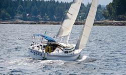 Sails from 30 foot Catalina standard rig: 150% hank-on genoa, main sail with 2 reef points, Sails are old but in working condition. $200 each 250 751 1205