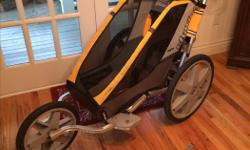 Single seater Chariot stroller in good condition with bike attachment