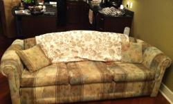 Me and Mark bought this couch in august for our place, in great condition and goes well with anything. We just bought a new one and looking to sell this. Were looking for 200$ but will take the BEST offer.
