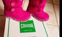 Size 6 Cougar children's waterproof boots for girls. Color pink with a newness of 9 out of 10. Just bought around the start of 2018 and not been worn for greater than 10 times. Cougar boots have been laboratory tested for its high resistance against