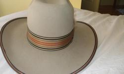 Cowboy hat geniuine Smithbilt future felt size 7 and 3/8