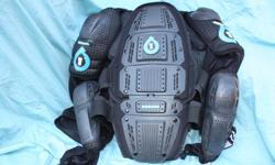 Large six six one rage pressure suit black New $150