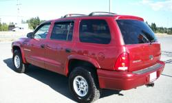 Make Dodge Year 2000 Colour CANDY APPLE RED METALLIC Trans Automatic kms 180000 *** MINT DURANGO 4 X 4 !! *** You must see and drive this one ....super clean and runs/drives super nice !! 4.7 litre V-8 engine, AUTOMATIC trans., fully loaded with the power