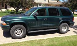 Make Dodge Colour Green Trans Automatic kms 220000 Selling my Dodge Durango SLT. It comes fully loaded with all options. Hitch. Kept very clean. Non-smoking. 4x4 high/low work great! New tires! Haven't had any problems with it. Line running through the