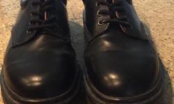 Excellent condition Dr Martens Size 8