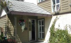 # Bath 3 Sq Ft 1300 # Bed 2 1994 built Strata Duplex. Don't let the outside fool you, great open layout and features inside. Eating bar in kitchen as well as dining room. Roomy LR with Gas FP, patio/deck off Dining room.Close To Town & Westside mall.