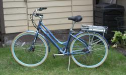 Beautiful, easy to ride Izip Path Shimano step through electric bike. 7 gears, Disc brakes, Kendra puncture resistant tires. 500 charge Litthium Battery only been charge around 30 times. Wide soft cushion seat. Upright handle bars. Asking 900 or best