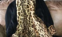"""Made and bought in Germany: very elegant and soft wool designer coat in 3/4 length (shoulder length 35"""") with cuffs, charcoal colour, fully lined with soft faux leopard plush, 100% soft high quality wool will keep you warm all winter long IN ABSOLUTELY"""