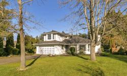 """# Bath 3 Sq Ft 2610 MLS 360579 # Bed 5 Welcome to this exceptional Sunnymead Family Home! Situated on the heavily sought after Sunnymead """"loop"""" and boasting a wonderful floorplan and design that would appeal to all families. An updated kitchen overlooks"""
