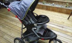 Good condition 3 wheel stroller