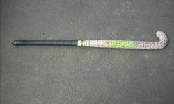 """36"""" girls field hockey stick, barely used, excellent condition"""