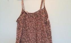 Light floral tank top. American Eagle size small