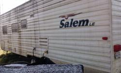 2007 FOREST RIVER, SALEM LE. AIR COND, FRIDGE, STOVE, 29 FOOT, HAS VERY LOW HOURS. THIS UNIT NEEDS COMPLETE INTERIOR DETAIL CLEANUP. HAS BEEN PARKED SINCE 2007. SOME MINOR REPAIRS, AND UPHOLSTERY. SAVE A BUNDLE BY DOING IT YOURSELF, AS IS .YOU TOW.604