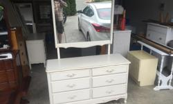 this is a beautiful dresser from a non smoking no pets home. the drawers all slide like new. I can deliver. 250 208 3174 50 x 17 x 30 high