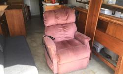 this is the Cadillac of lift chairs( golden tech is the best. its in excellent condition from a non smoking no pets home. I can deliver. 250 208 3174