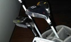 Golf equipment with clubs