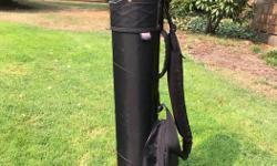 "Golf Bag - Junior Size (31"" High) - Great Shape: $10.00"