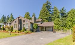 # Bath 2 Sq Ft 1928 MLS 412662 # Bed 3 Quality craftsmanship and traditional architecture combine in this gorgeous 3 bedroom, 2 bath West Coast Contemporary home located on a private lot, backing onto greenspace 1 block from the beach in North Nanaimo.