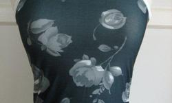 """Grey Flower Tank Top / Sleeveless / Cami - size XS/S, bust: 29-32"""", length: 19"""" - brand new, in excellent condition - $5 firm"""