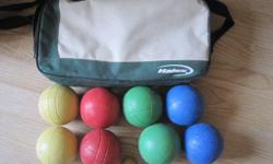 Halex bocce ball set. 8 balls in 4 colours, 1 pallino and case.
