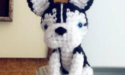 *Handmade, New *100% acrylic yarn and Polyester Fibefill *9.5 cm tall *color: Black & white or grey & white Waiting for nice people to take them home All items are from a smoke and pet-free home