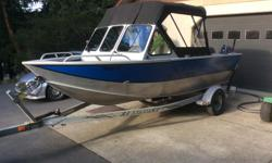 16.5 hewescraft sportsman. 60hp Yamaha (490hrs), 4hp Yamaha (10hrs). Lowrance. Scotty electric riggers. Safety and fishing gear.