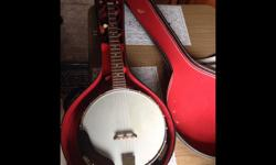 This 5 string Banjo is in wonderful shape .Any questions call or text 250-947-0495