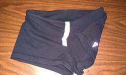 size 6 plain black hidden pocket