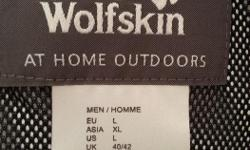 """Mens jacket. Brand: Jack Wolfskin; NEW - NEVER WORN (too small). Model: Jasper. Size: Large (Fit is like a small """"L"""" or big """"M""""); Color: Dark Steel (Grey/Black). . Designed for Outdoor activity e.g. Hiking. Waterproof, Windproof, Detachable hood. (Specs"""