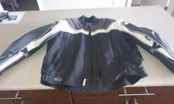 Men's size large Joe Rocket Jacket With zip out water resistant liner Used only one season