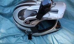 Fuel jr. Dirt bike helmet Scrapes on visor and back