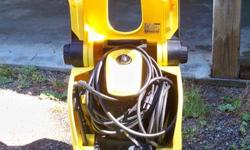 model k3.96m has 2 wands 1rotator and 1 regular very little used . can be seen working. Its a beauty