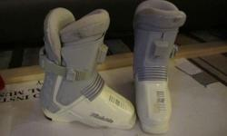 Raichle RE3 rear entry boots in good shape Kids Size 2.5 / 3