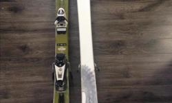 Rossignol kids skis. 128cm (for kids 7-9ish). Good condition.