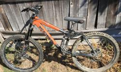 2005 dual suspension downhill bike. Marzhocci dual crown fork and Fox R rear shock. Size small. Great condition, not used much.