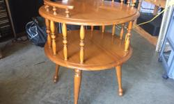 Very nice walnut Kroehler table in good condition. Measures 24 in. high and 23 in. diameter. Can deliver if need be for a small gas contribution.