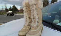 Ladies / Women Aldo Boots Suede / Leather Upper Excellent Condition Size 8.5 / 9