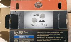 Smoked lens led turn signal kit allows you to run brake signal without buying extra wiring fits 99& up touring models