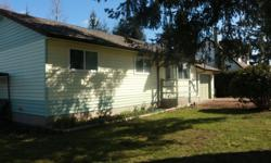 # Bath 1 Sq Ft 1225 # Bed 3 PRIVATE SALE Well looked after 3 Bedroom plus Media Room/Den, 1 Bathroom Courtenay Rancher on .20 Acres with Laundry/Utility and Mud Rooms. Tons of storage space below decks with an immaculate 3.5' insulated, concrete skim