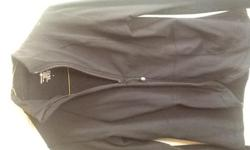 Size 6 Black, older style, in excellent condition, no pilling, from a smoke and pet-free home.
