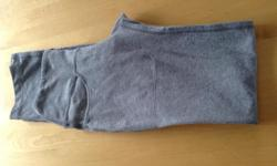 Lululemon grey leggings, size 6. These were only worn a couple of times so in as new condition. They also were not taken up so are the length that they are sold in the store as.