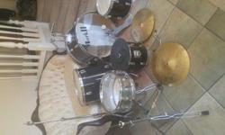 MARK 11 DRUM SET - USED- IN GOOD CONDITION $175 O.B.O
