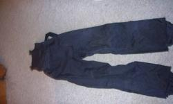 Great ski pants that retail at $200.  Selling for $40   Great for ski touring or snowboarding.