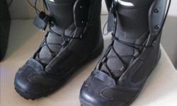 Men's Salomon Snowboard Boots. Very good condition.